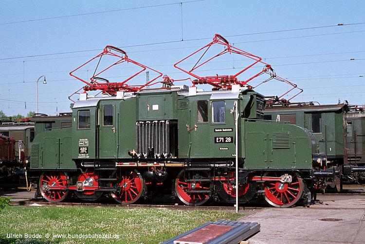 http://www.bundesbahnzeit.de/dso/100J_elektrische_Eisenbahn/b01-E71_28.jpg