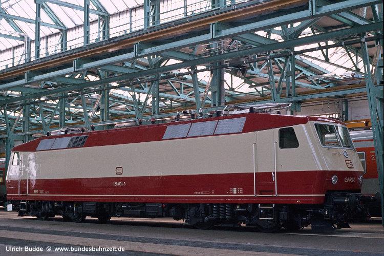 http://www.bundesbahnzeit.de/dso/100J_elektrische_Eisenbahn/b02-120_001.jpg