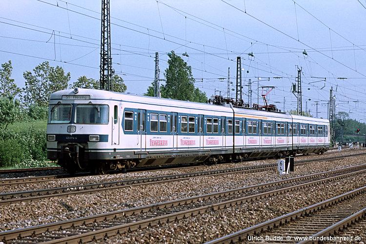 http://www.bundesbahnzeit.de/dso/100J_elektrische_Eisenbahn/b13-420_574.jpg