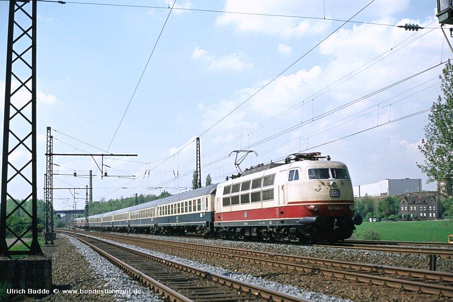 http://www.bundesbahnzeit.de/dso/103_Osterei/b04-103_142.jpg