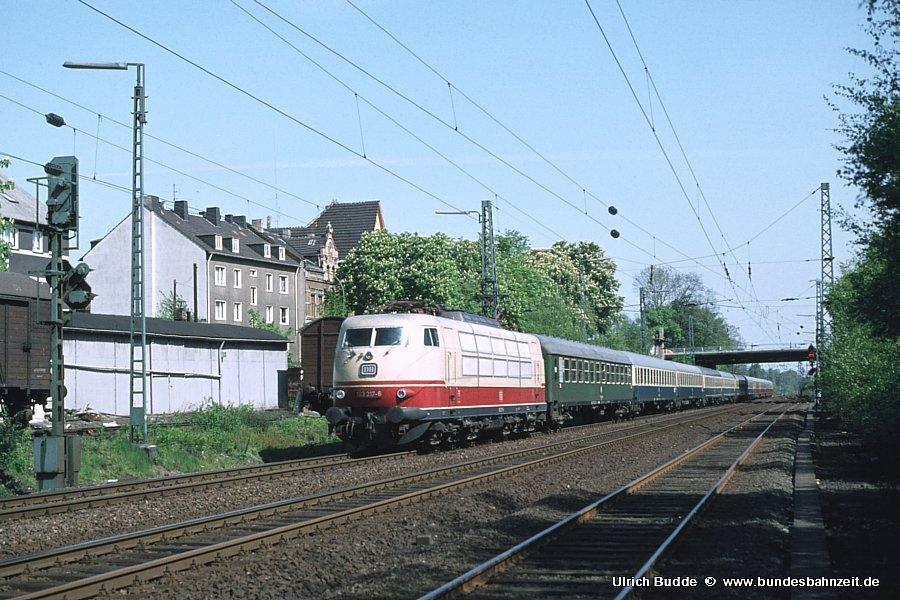 http://www.bundesbahnzeit.de/dso/103_Osterei/b05-103_217.jpg