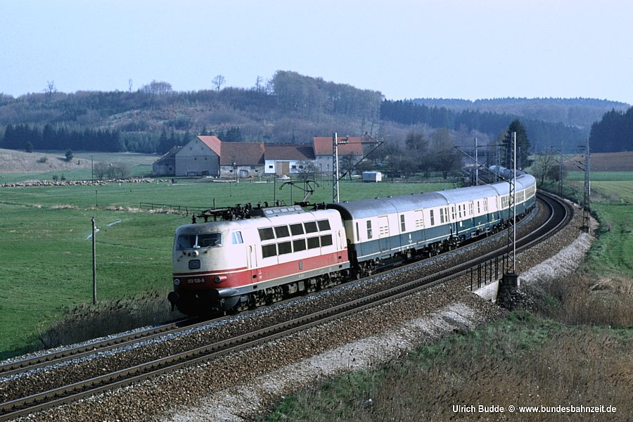 http://www.bundesbahnzeit.de/dso/103_in_der_Bundesbahnzeit/b08-103_126.jpg