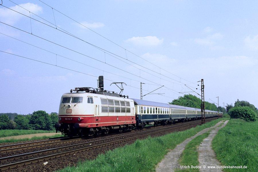 http://www.bundesbahnzeit.de/dso/103_in_der_Bundesbahnzeit/b12-103_113.jpg