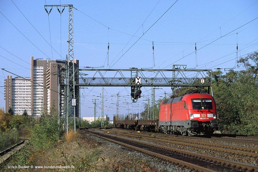 http://www.bundesbahnzeit.de/dso/10JahreHiFo/b02-182_017.jpg