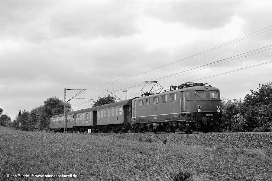 http://www.bundesbahnzeit.de/dso/141Wan-Bo/b04-141_178.jpg