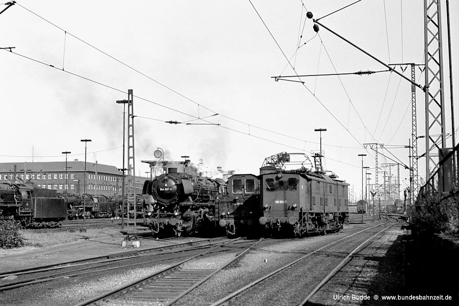 http://www.bundesbahnzeit.de/dso/191_im_Revier/b05-191_001.jpg