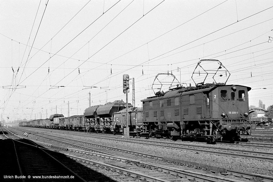 http://www.bundesbahnzeit.de/dso/191_im_Revier/b07-191_009.jpg