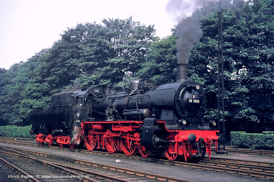 http://www.bundesbahnzeit.de/dso/38_1889/b02-38_1889.jpg