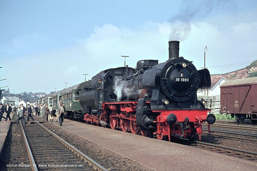 http://www.bundesbahnzeit.de/dso/38_1889/b05-38_1889.jpg