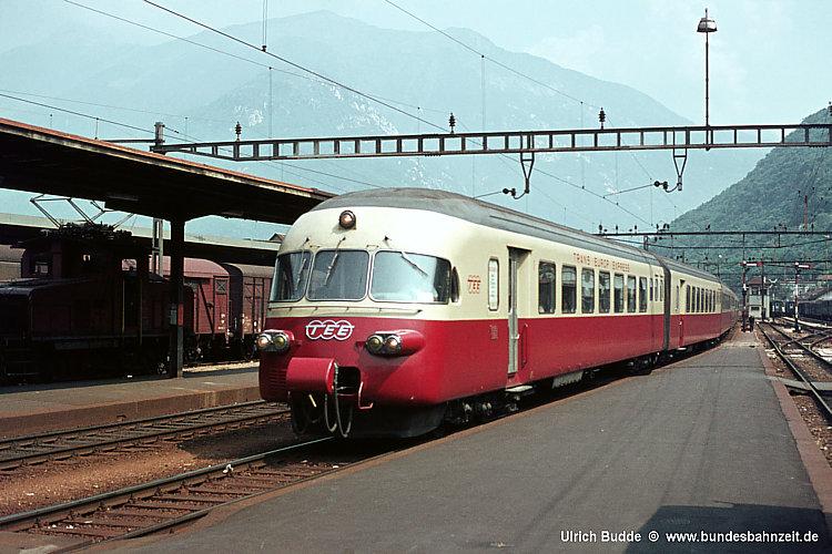 http://www.bundesbahnzeit.de/dso/50Jahre_TEE/b01-RAe_TEE.jpg