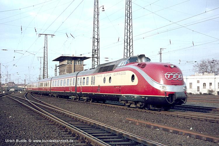 http://www.bundesbahnzeit.de/dso/50Jahre_TEE/b09-VT11.5.jpg