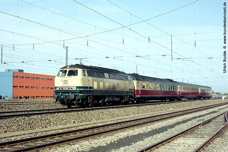 http://www.bundesbahnzeit.de/dso/50Jahre_TEE/b16-218_467.jpg