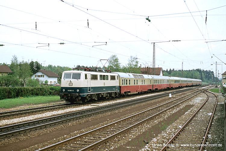 http://www.bundesbahnzeit.de/dso/50Jahre_TEE/b26-111_065.jpg