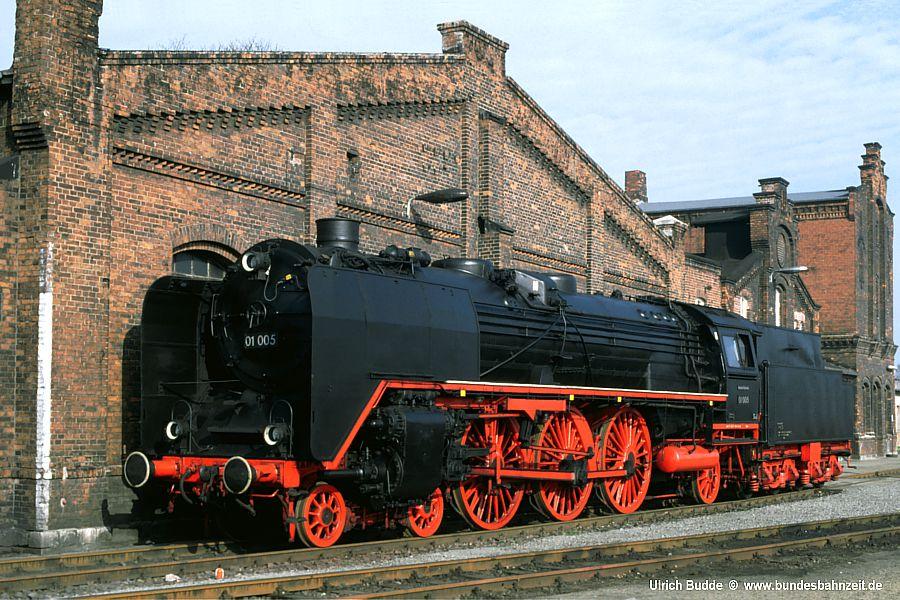 http://www.bundesbahnzeit.de/dso/5JahreHiFo/b01-01_005.jpg