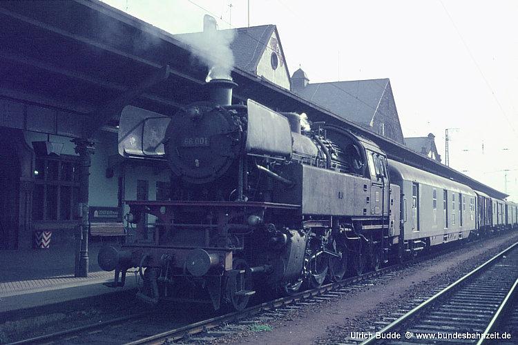 http://www.bundesbahnzeit.de/dso/5Neubauloks/b04-66_001.jpg