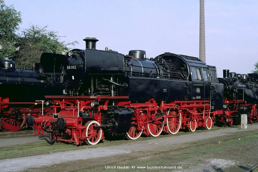 http://www.bundesbahnzeit.de/dso/66_zum_66sten/b09-66_002.jpg