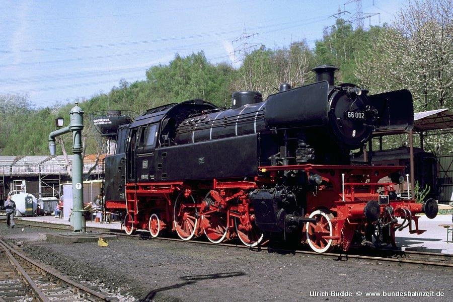 http://www.bundesbahnzeit.de/dso/66_zum_66sten/b11-66_002.jpg