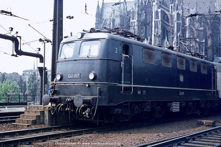 http://www.bundesbahnzeit.de/dso/Adieu_Knallfrosch/b01-E41_057.jpg