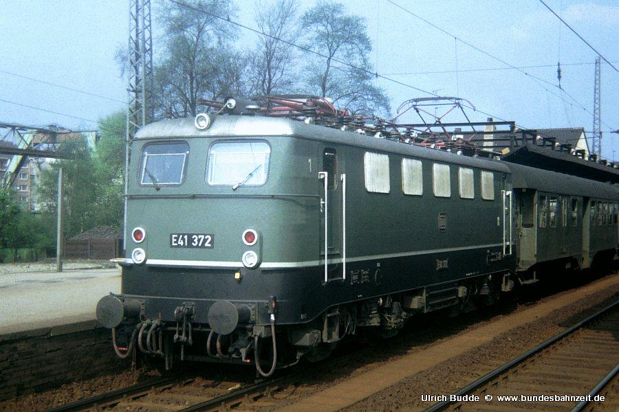 http://www.bundesbahnzeit.de/dso/Adieu_Knallfrosch/b02-E41_372.jpg