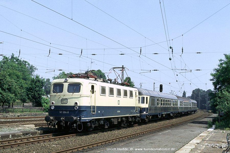 http://www.bundesbahnzeit.de/dso/Adieu_Knallfrosch/b07-141_384.jpg