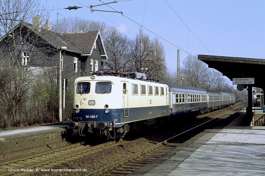 http://www.bundesbahnzeit.de/dso/Adieu_Knallfrosch/b08-141_450.jpg
