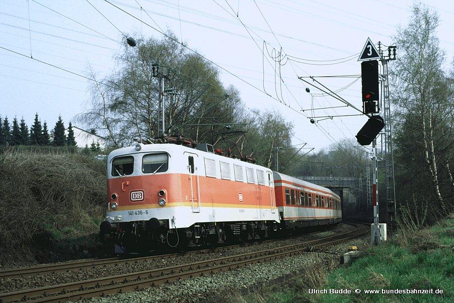 http://www.bundesbahnzeit.de/dso/Adieu_Knallfrosch/b10-141_436.jpg