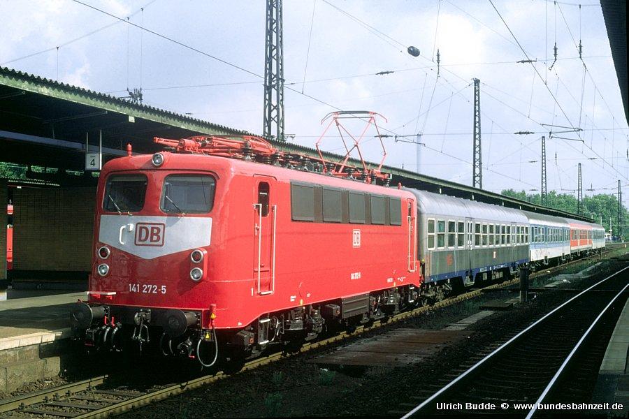 http://www.bundesbahnzeit.de/dso/Adieu_Knallfrosch/b11-141_272.jpg