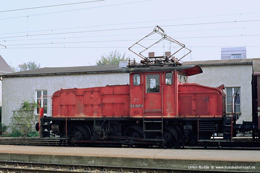 http://www.bundesbahnzeit.de/dso/Altbau-Elloks_BD_Aug/b05-163_007.jpg