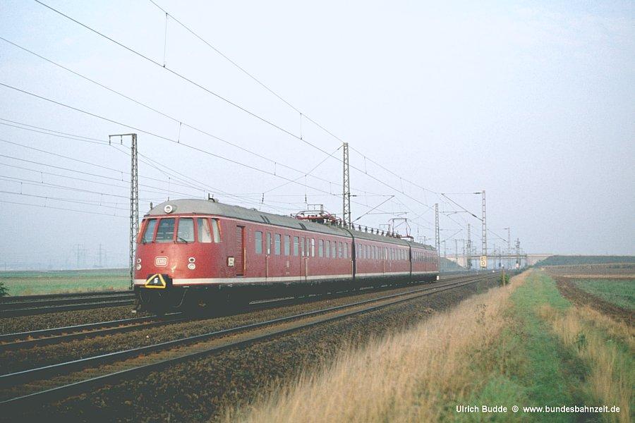 http://www.bundesbahnzeit.de/dso/Altbau-Elloks_BD_Kar/b06-456_105.jpg
