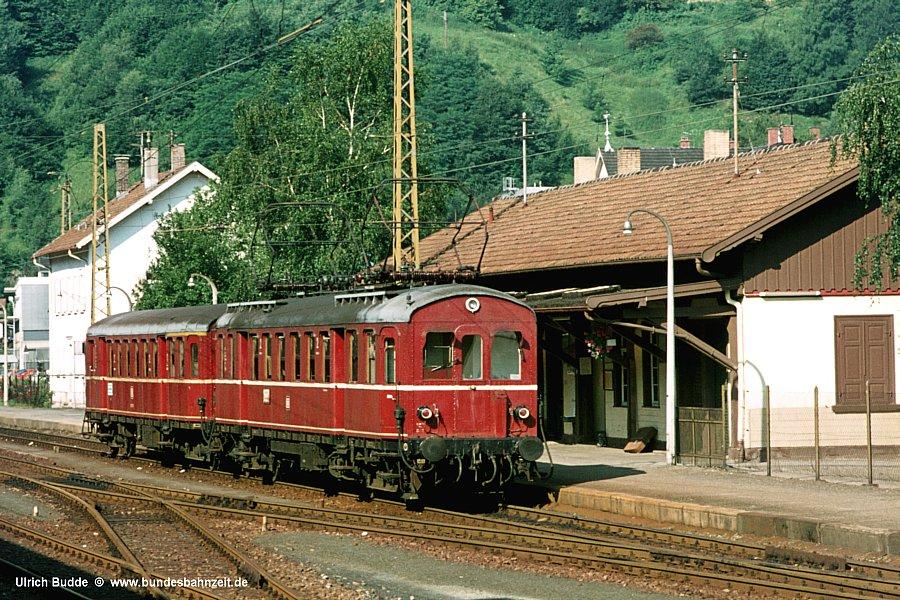 http://www.bundesbahnzeit.de/dso/Altbau-Elloks_BD_Kar/b10-485_005.jpg