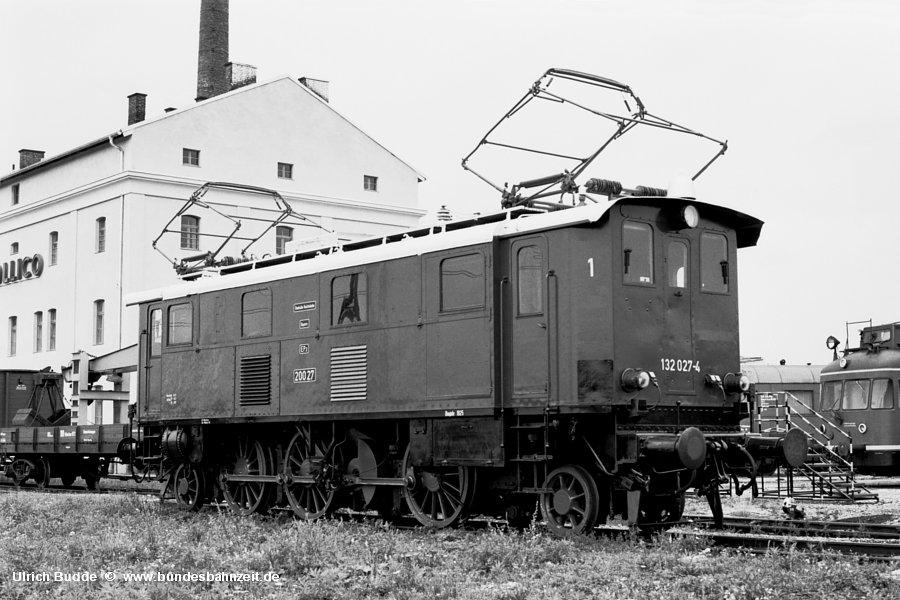 http://www.bundesbahnzeit.de/dso/Altbau-Elloks_BD_Mu-H/b12-132_027.jpg