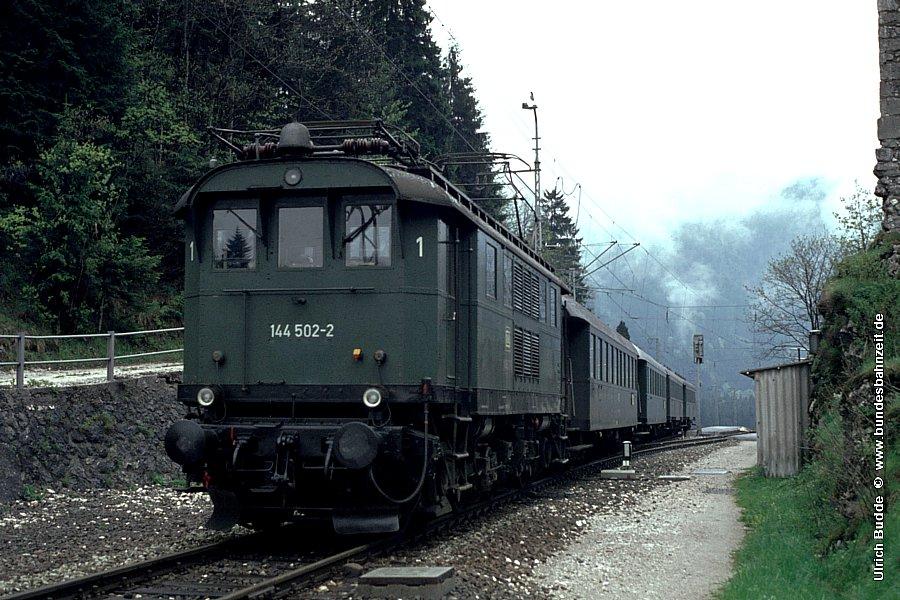 http://www.bundesbahnzeit.de/dso/Altbau-Elloks_BD_Mu-R/b08-144_502.jpg