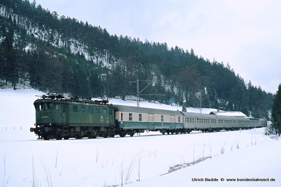 http://www.bundesbahnzeit.de/dso/Altbau-Elloks_BD_Mu-R/b09-144_504.jpg