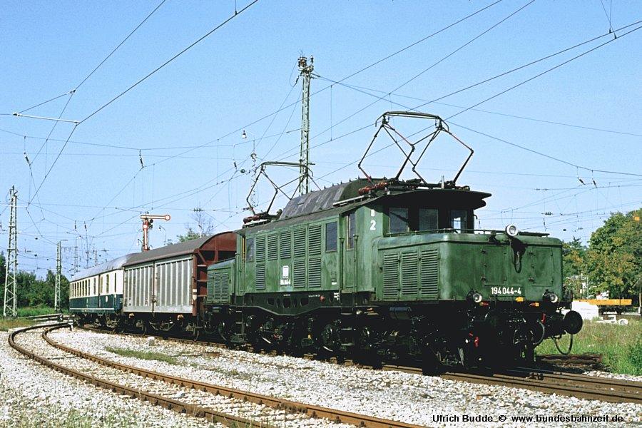 http://www.bundesbahnzeit.de/dso/Altbau-Elloks_BD_Mu-R/b14-194_044.jpg