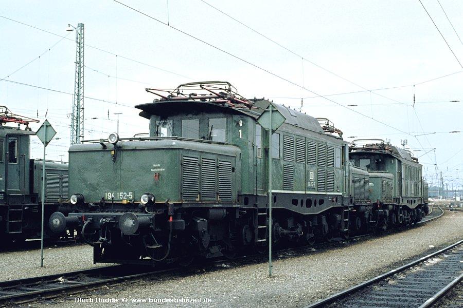 http://www.bundesbahnzeit.de/dso/Altbau-Elloks_BD_Mu-R/b15-194_152.jpg