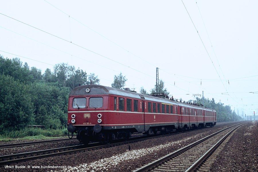 http://www.bundesbahnzeit.de/dso/Altbau-Elloks_BD_Nur/b02-432_501.jpg
