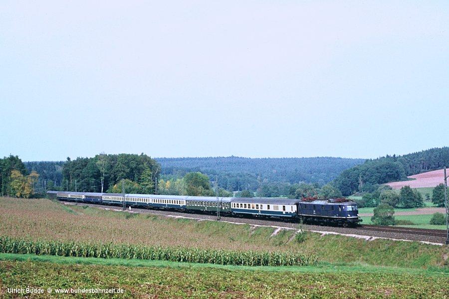 http://www.bundesbahnzeit.de/dso/Altbau-Elloks_BD_Nur/b04-118_012.jpg