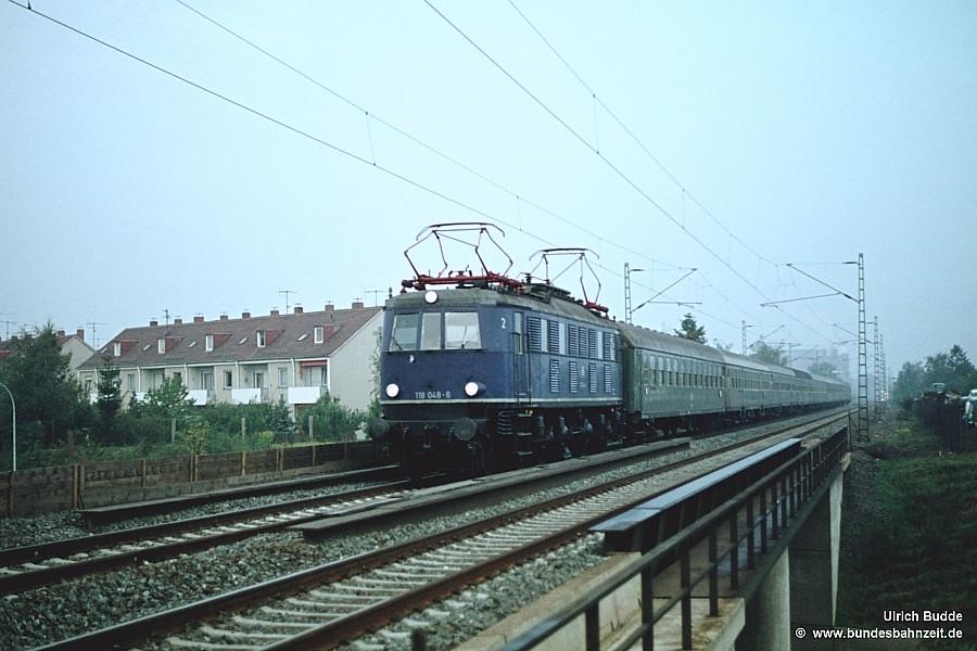 http://www.bundesbahnzeit.de/dso/Altbau-Elloks_BD_Nur/b05-118_048.jpg