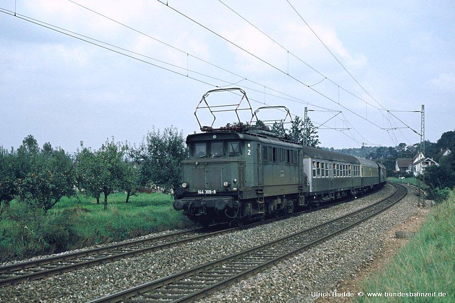 http://www.bundesbahnzeit.de/dso/Altbau-Elloks_BD_Stg/b02-144_009.jpg