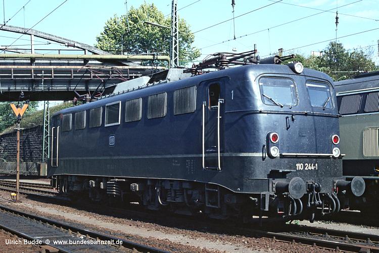 http://www.bundesbahnzeit.de/dso/BU-110/b02-110_244.jpg