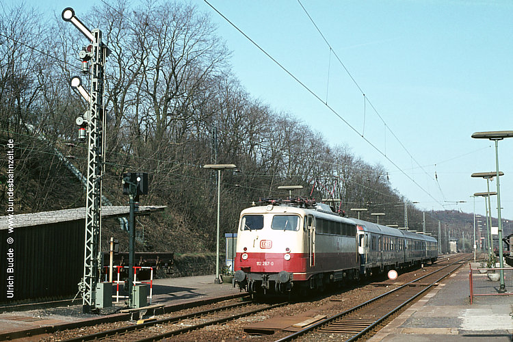 http://www.bundesbahnzeit.de/dso/BU-112/b09-112_267.jpg