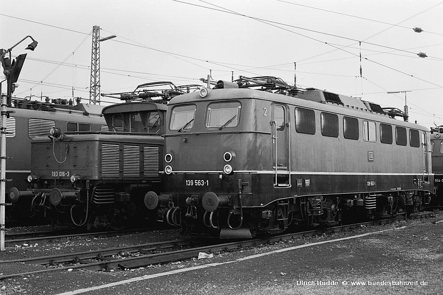 http://www.bundesbahnzeit.de/dso/BU-140/b02-139_563.jpg