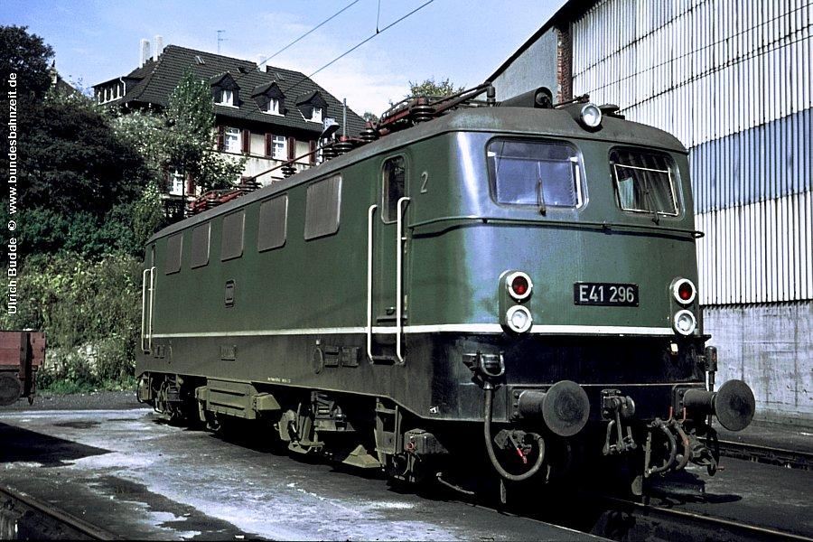 http://www.bundesbahnzeit.de/dso/BU-141/b02-E41_296.jpg