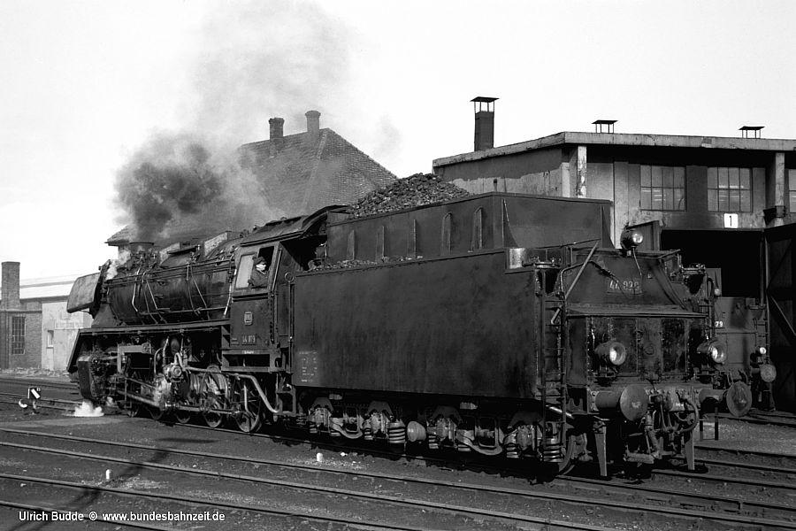 http://www.bundesbahnzeit.de/dso/Bezirkswochenkarte_1968/b43-44_079.jpg