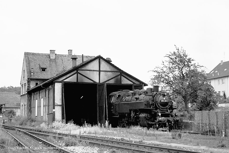 http://www.bundesbahnzeit.de/dso/Bw-Serie/b02-086_201.jpg