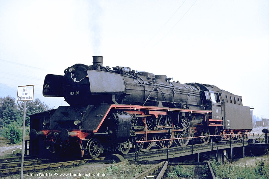 http://www.bundesbahnzeit.de/dso/Bw-Serie/b04-03_160.jpg