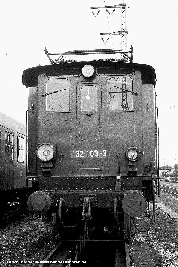 http://www.bundesbahnzeit.de/dso/Chiemgau/b15-132_103.jpg
