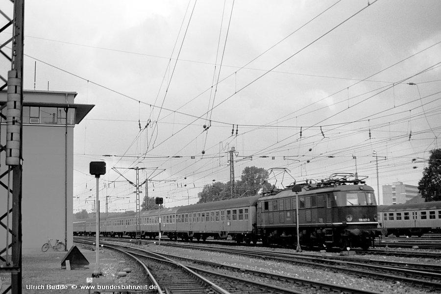 http://www.bundesbahnzeit.de/dso/Chiemgau/b18-118_017.jpg