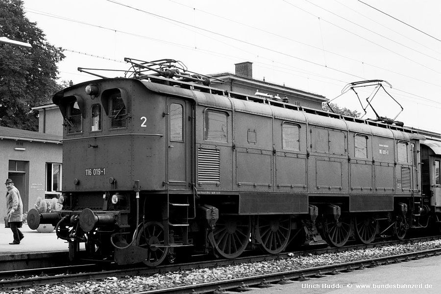 http://www.bundesbahnzeit.de/dso/Chiemgau/b53-116_019.jpg