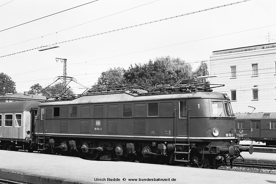 http://www.bundesbahnzeit.de/dso/Chiemgau/b57-118_013.jpg